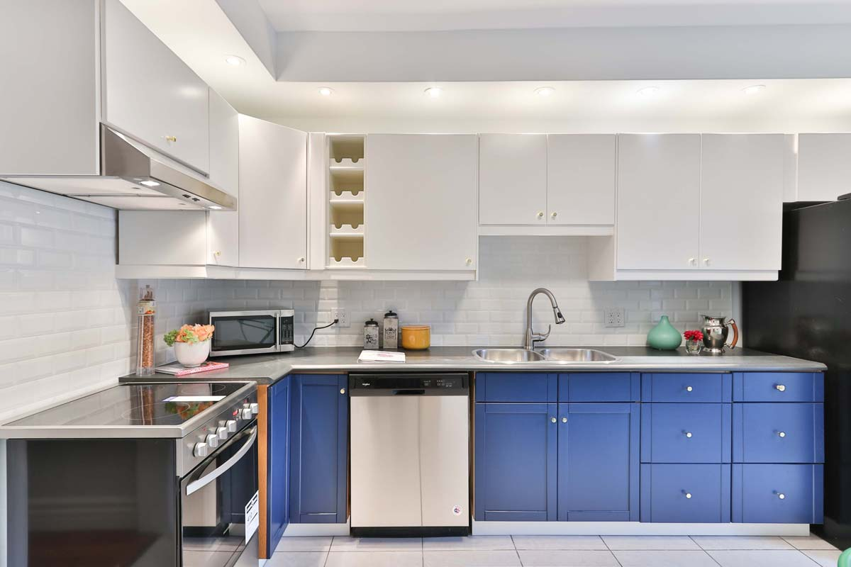 Mismatched Cabinets and Hints of Color